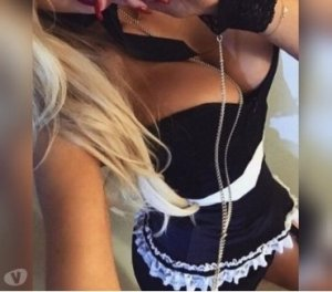 Ivone outcall escort in Methill, UK