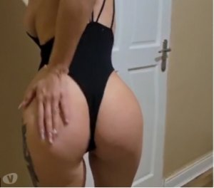 Niema bondage escorts in Scottsbluff, NE