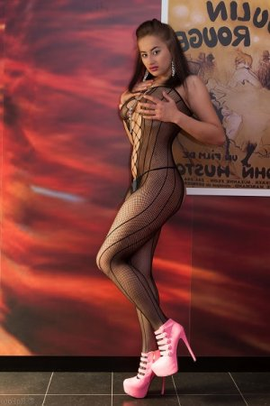 Anne-dauphine pantyhose escorts Fountain Hills, AZ